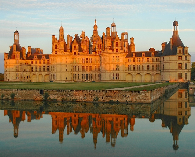 Sully Sur Loire Festival From Sully-sur-loire to