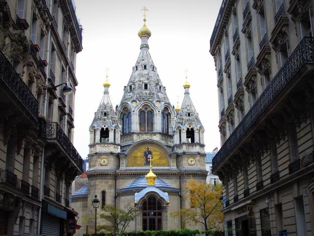 In Paris Russian 92