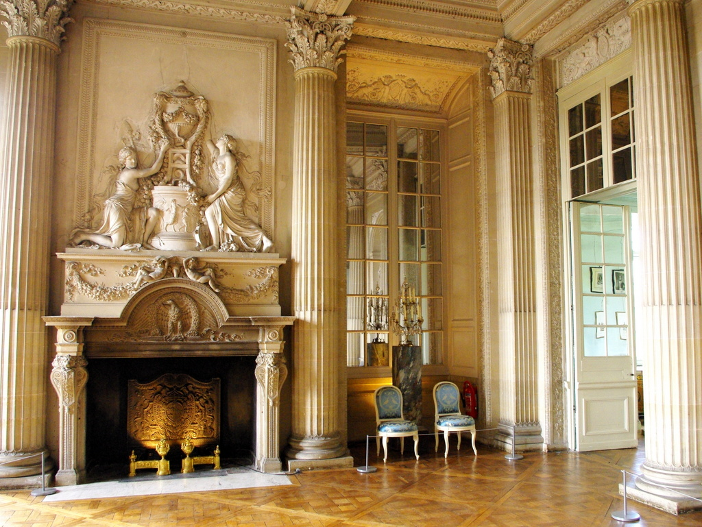 Chateau maisons laffitte interior 19 copyright french for Maison de decoration
